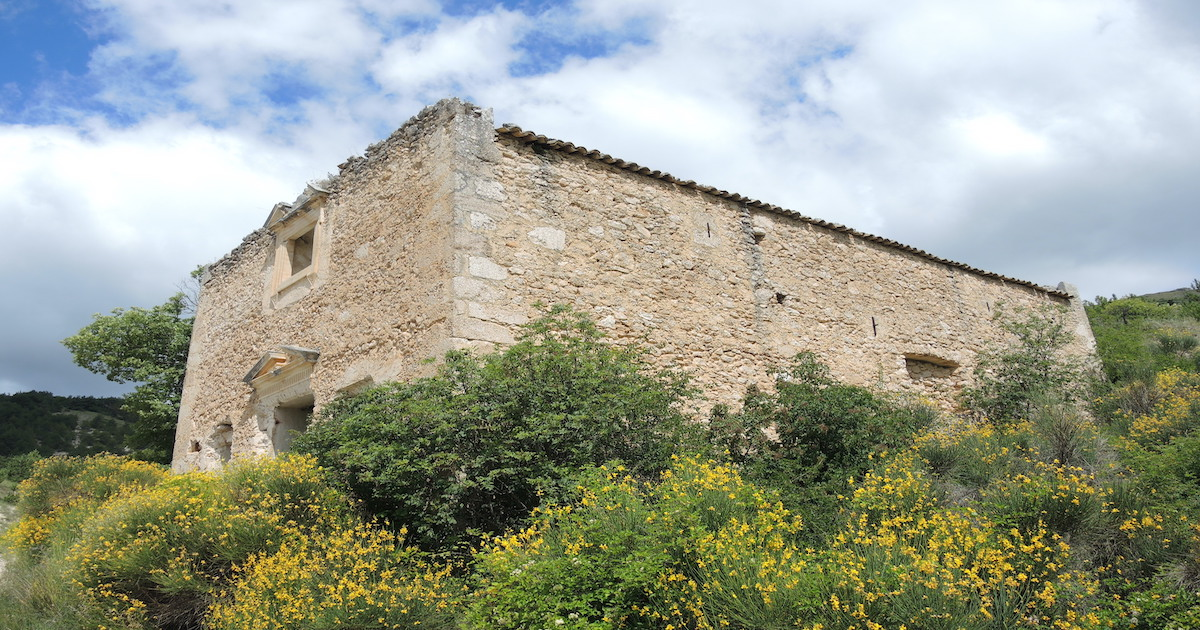 Castelvecchio Calvisio: Chiesa di San Lorenzo